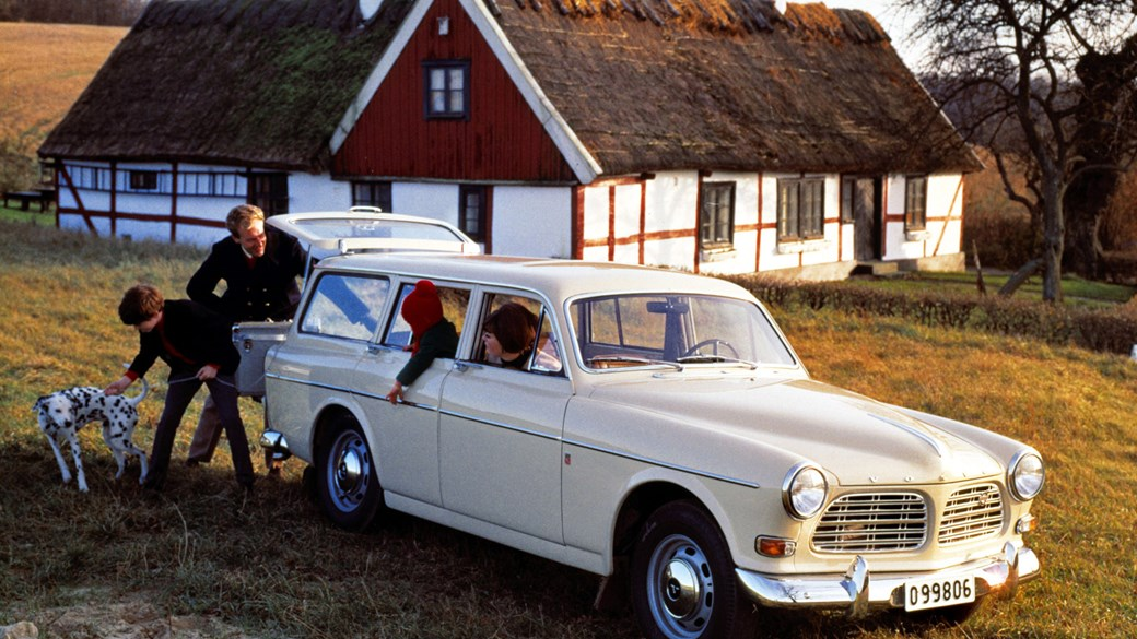 Sate Your Classic Estate Cravings With This Volvo Heritage Gallery
