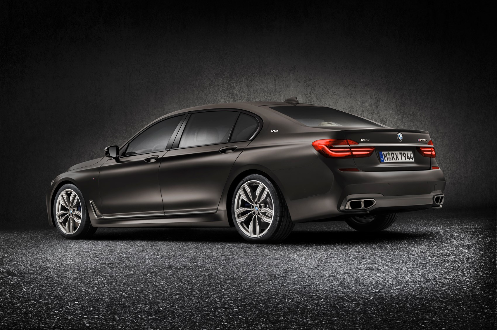 Things that like to go Mmm now include the BMW M760Li xDrive by ...