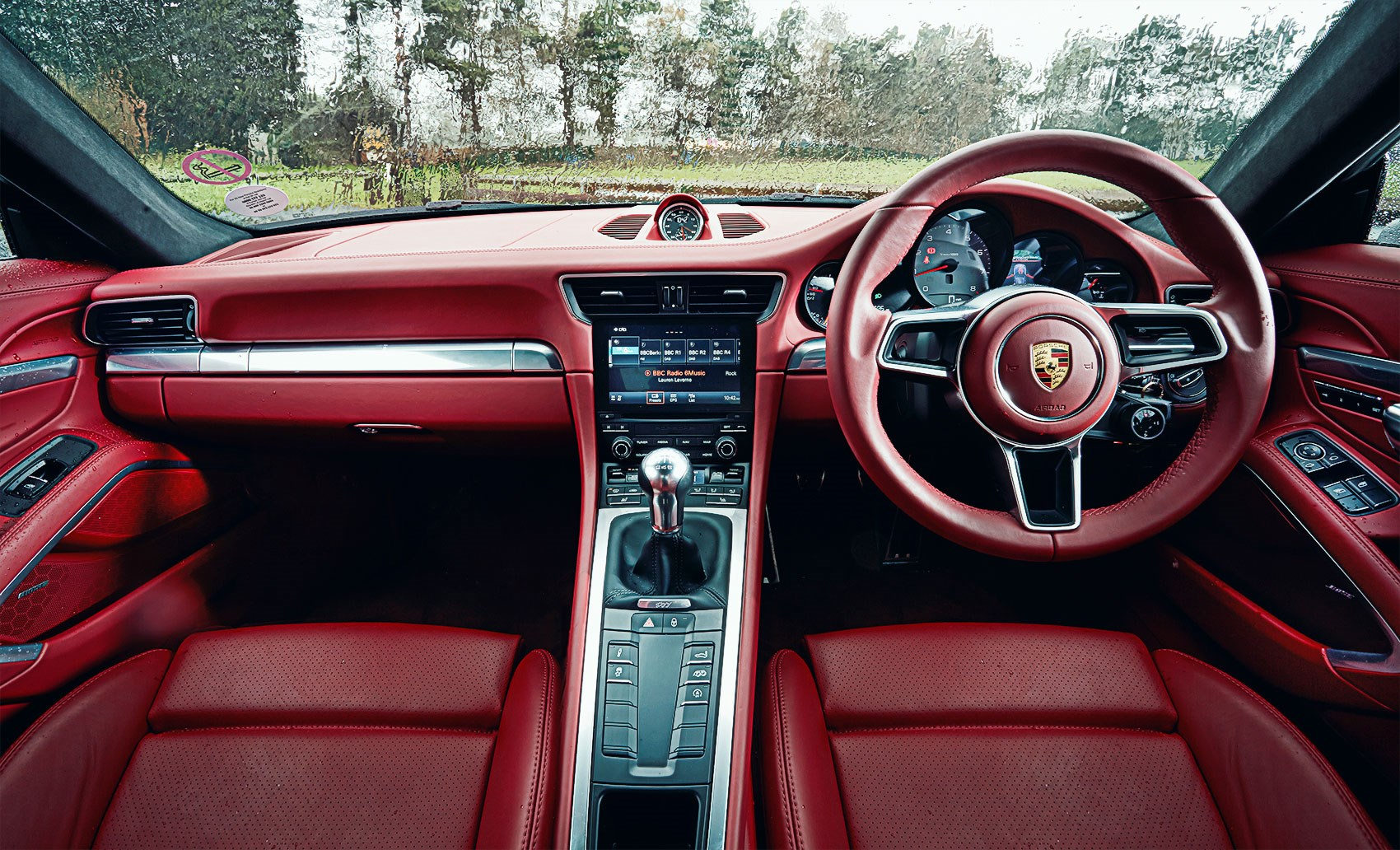 absolutely fine eleven porsche 911 carrera s vs mercedes amg gt s rh carmagazine co uk Porsche PDK Transmission porsche 991 7 speed manual vs pdk