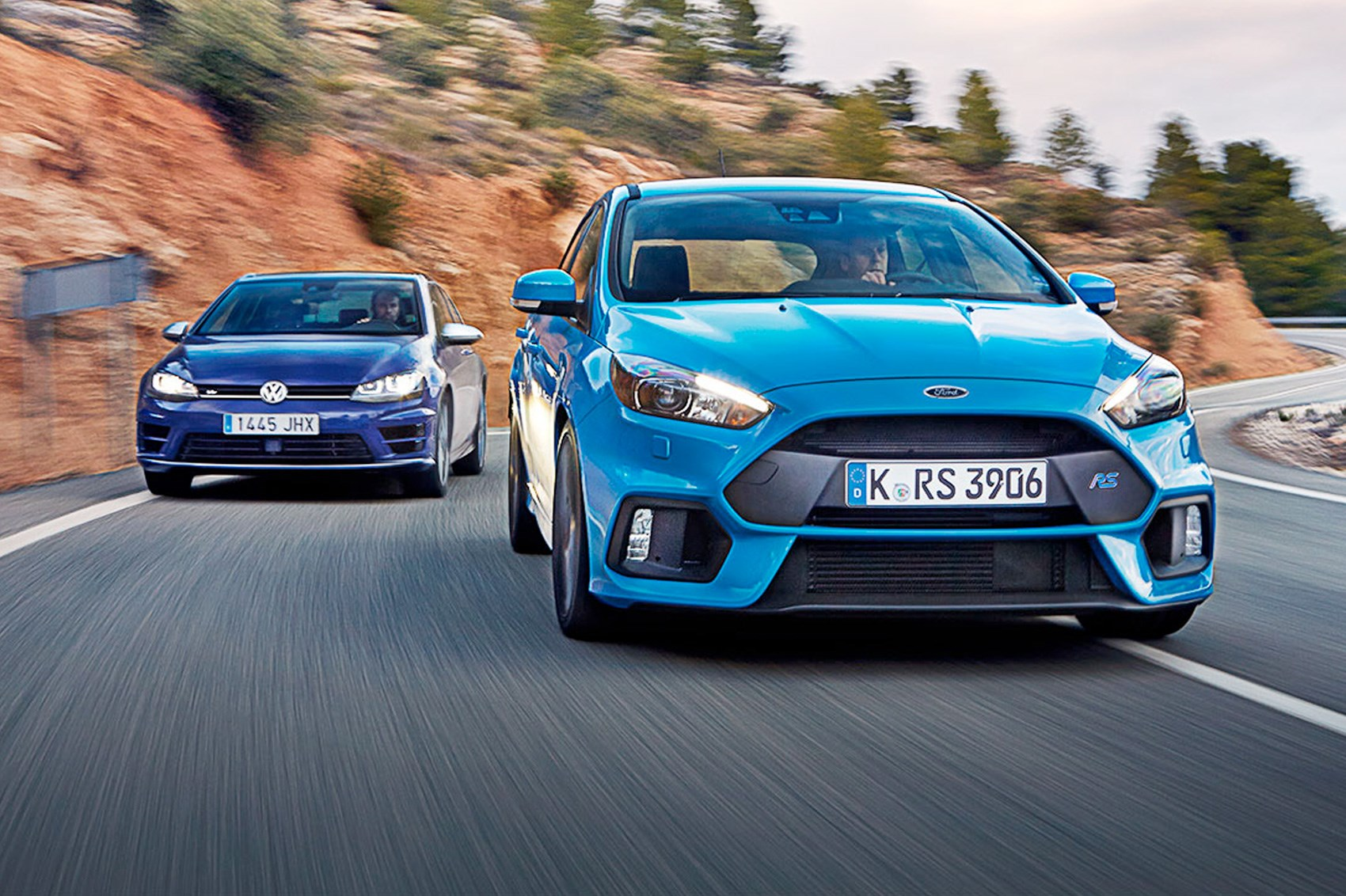 Vw Golf R Vs Ford Focus Rs 2016 S Hot Hatch Crunch Match