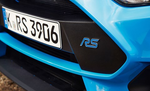 Focus RS vs Golf R