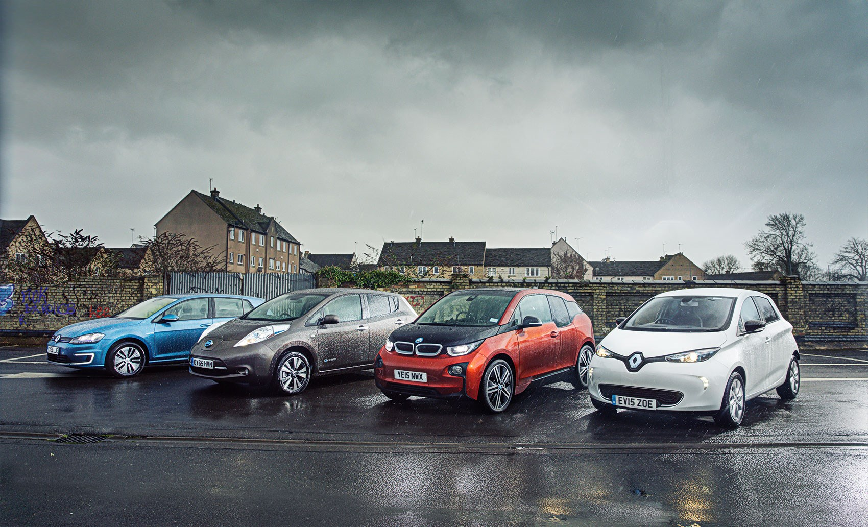 Land Rover Vs Jeep >> Plug-in babies: VW E-Golf vs Nissan Leaf vs BMW i3 vs ...