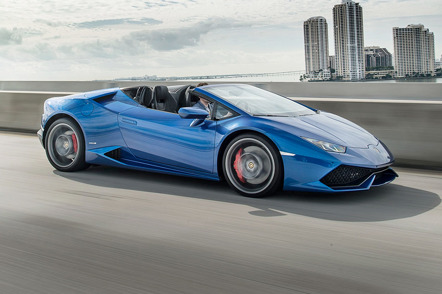 Miami Braced For The Storm Lamborghini Huracan Spyder
