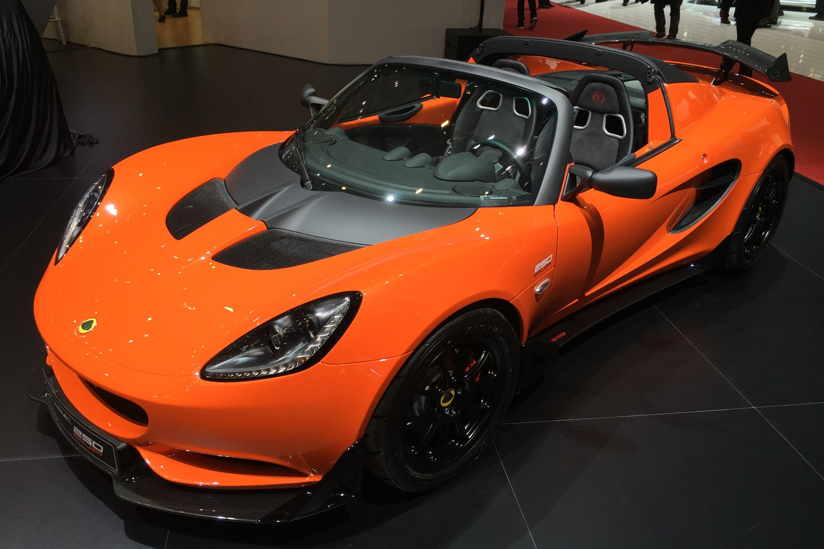 Lotus Elise Cup 250 Fastest Ever Elise Lands In Geneva By