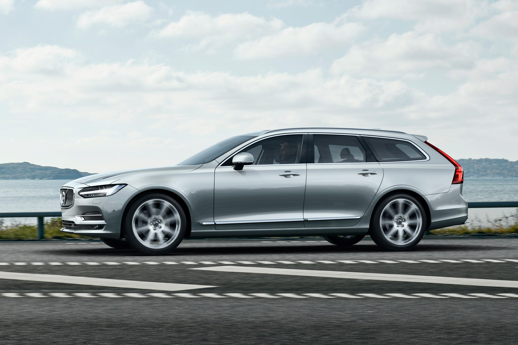 volvo v90 2016 revealed the s90's estate mate is here