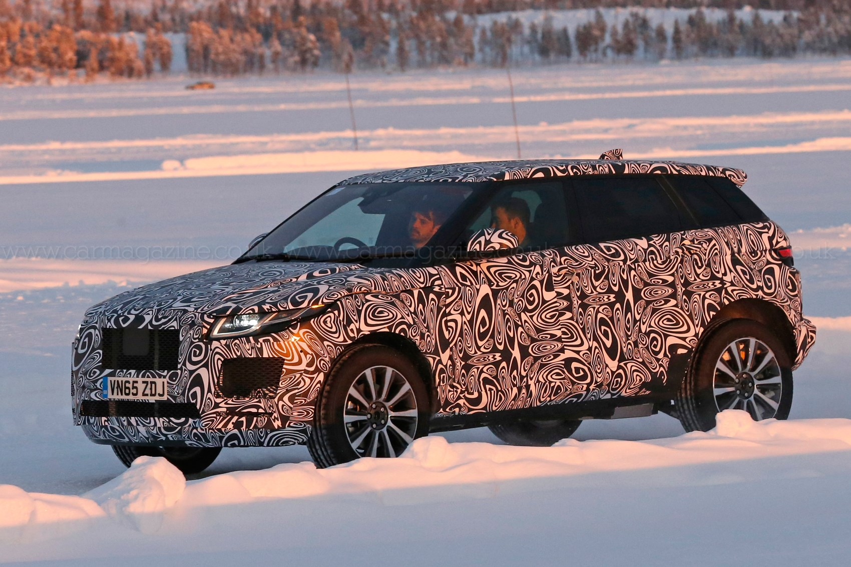 Jaguar E Pace Baby Suv 2018 Early Test Mule Spotted