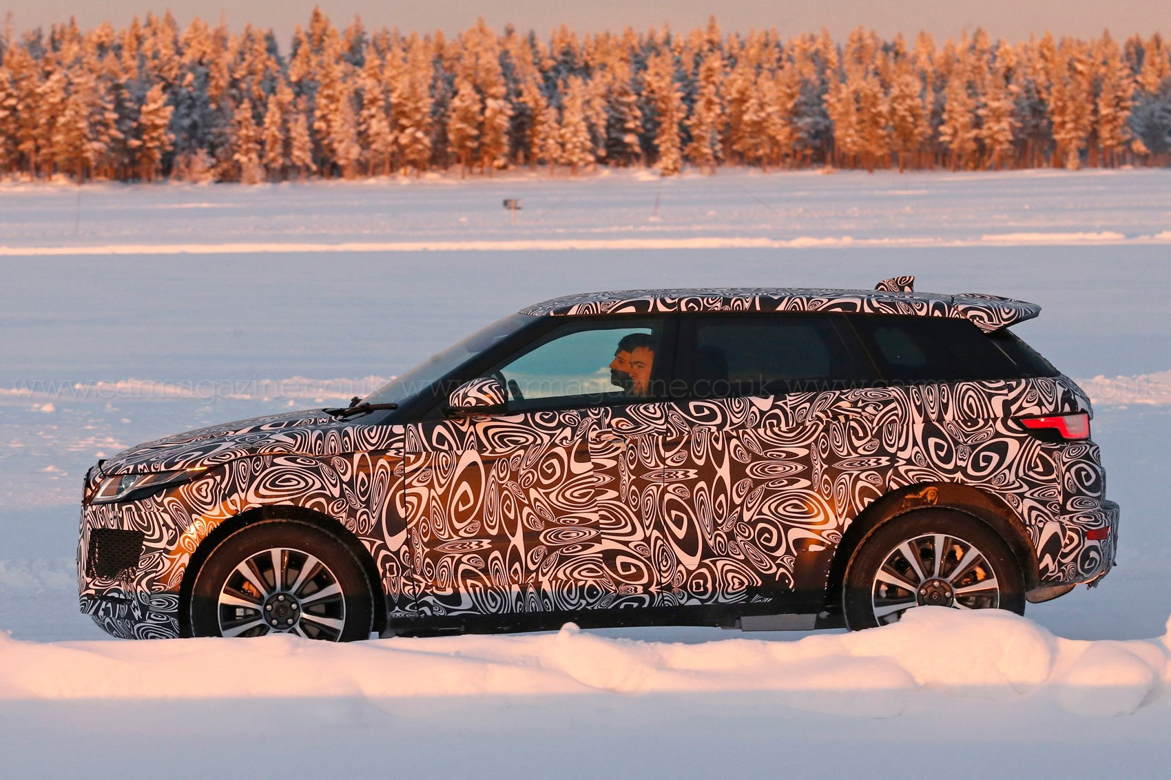 jaguar e pace baby suv 2018 early test mule spotted by car magazine. Black Bedroom Furniture Sets. Home Design Ideas