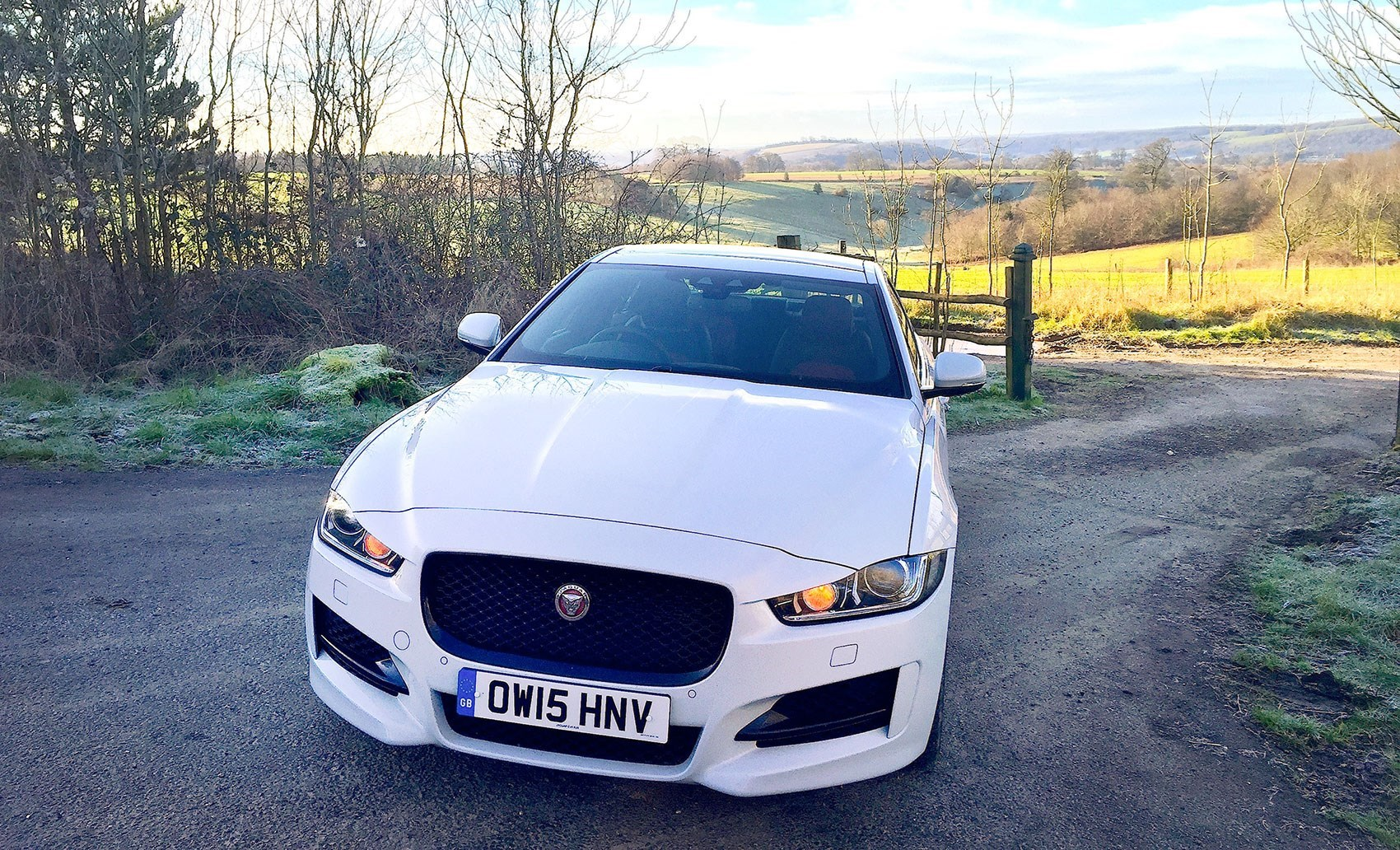 Looks Big, Isnu0027t: Our Jaguar XE 2.0d R Sport