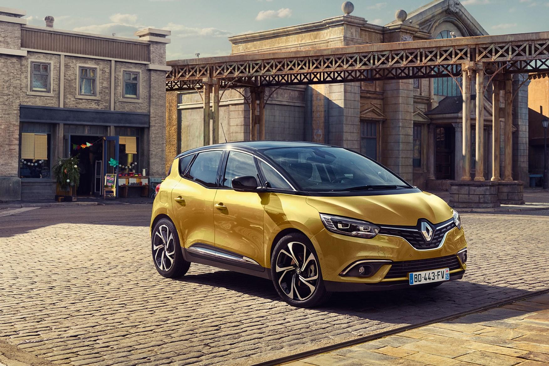 2016 Renault Scenic rear three quarter at the 2016 Geneva Motor ...