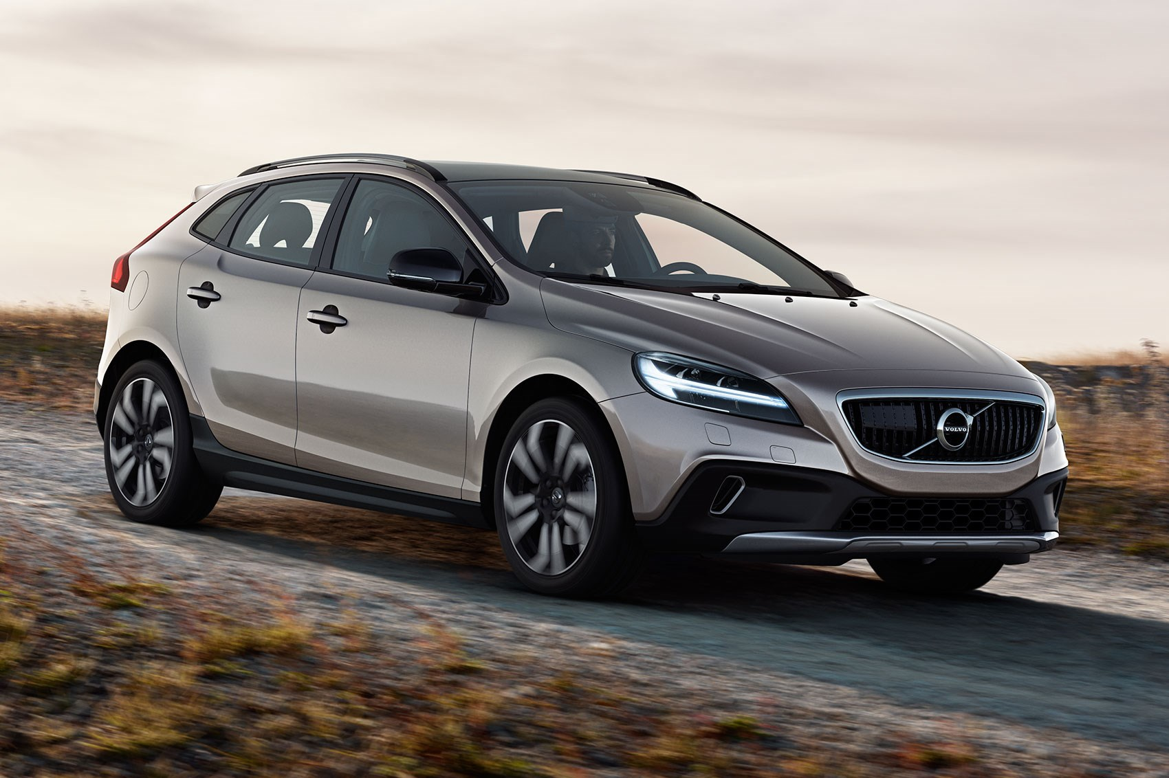 volvo v40 gets thor s hammer facelift for 2016 by car magazine
