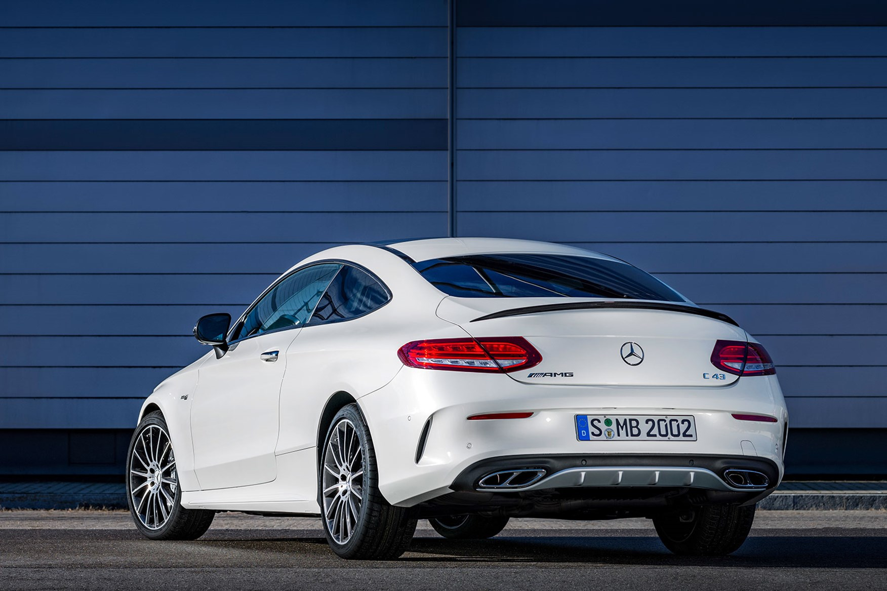 mercedes-amg c43 coupe revealed: the c63 gets a baby brother