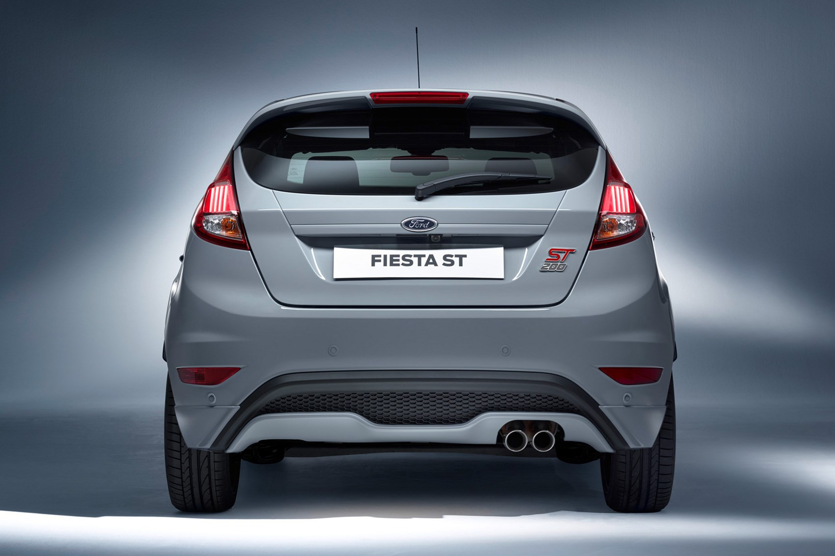 ford fiesta st200 revealed uprated hot hatch lands with a 200ps bang by car magazine. Black Bedroom Furniture Sets. Home Design Ideas