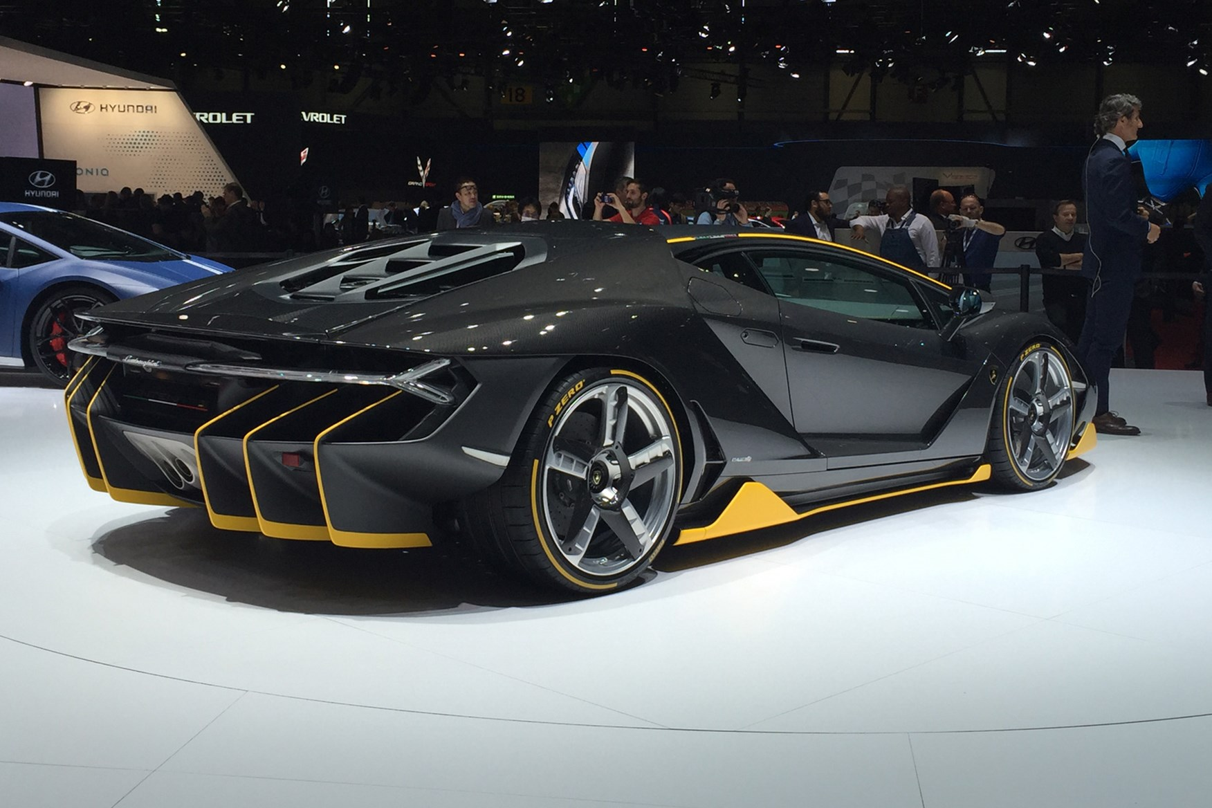 Beau Lamborghini Centenario · Lamborghini Centenario ...