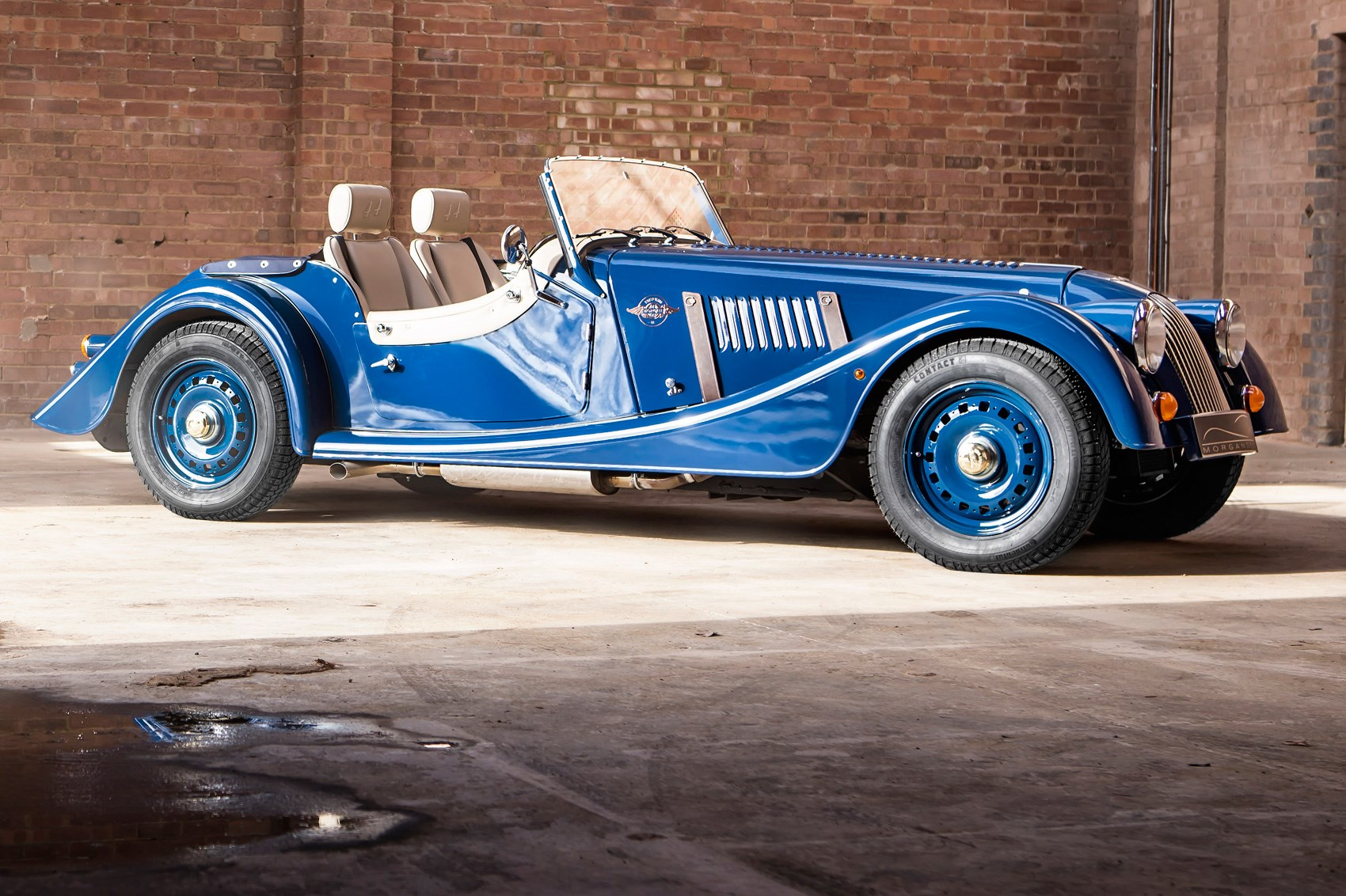 Morgan celebrates 80 years of the 4/4 with new special edition by ...