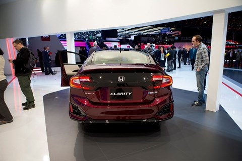 Honda Clarity is hydrogen-fuelled, and visually challenged
