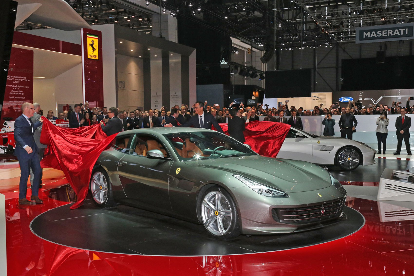 GTC4 Lusso At Geneva Show: The Only Kind Of 4wd Ferrari