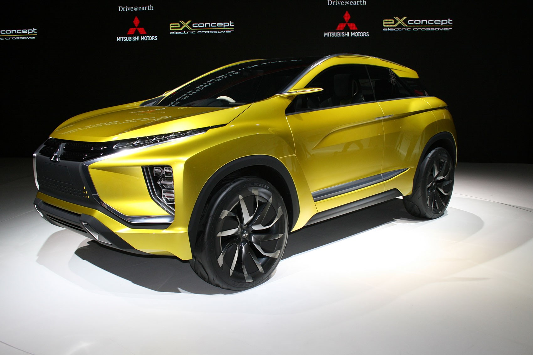 2018 mitsubishi adventure. beautiful mitsubishi the ex concept previews mitsubishiu0027s upcoming compact crossover  with 2018 mitsubishi adventure h