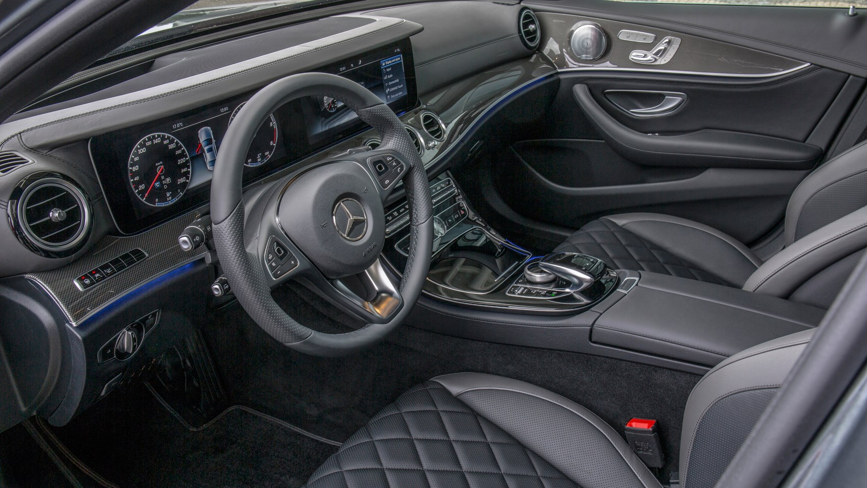 mercedes e220d 2016 review by car magazine. Black Bedroom Furniture Sets. Home Design Ideas