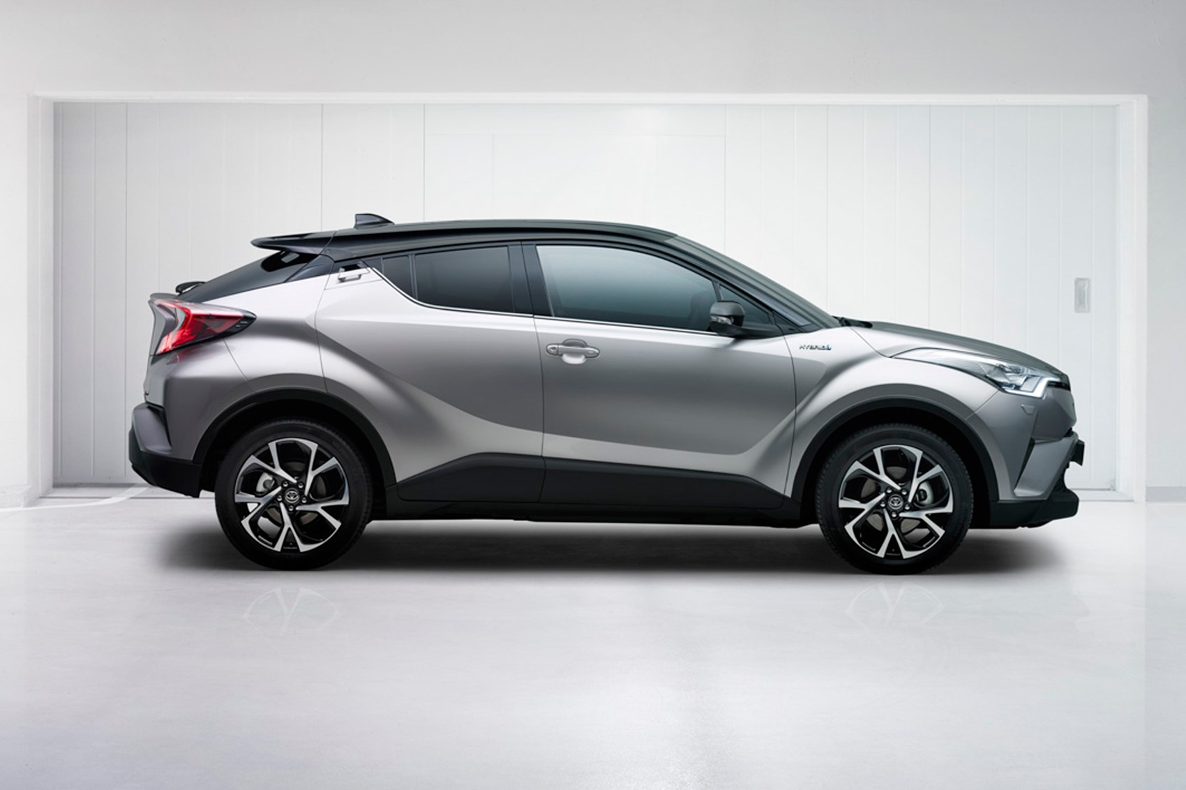 toyota c hr revealed 2016 s quirkiest qashqai rival is go by car magazine. Black Bedroom Furniture Sets. Home Design Ideas