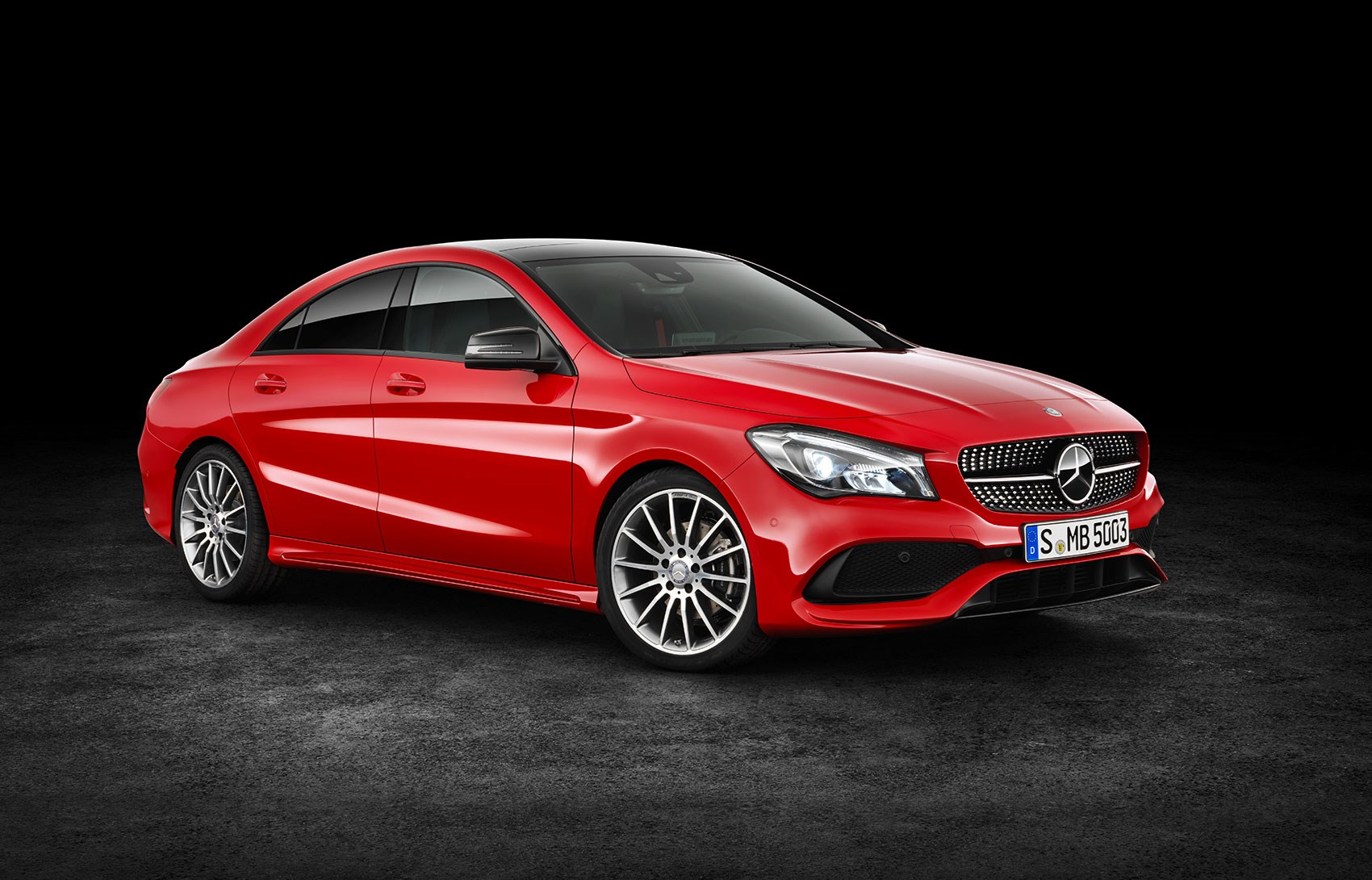 Mercedes benz cla scrubs up for facelift at new york motor for What is the newest mercedes benz