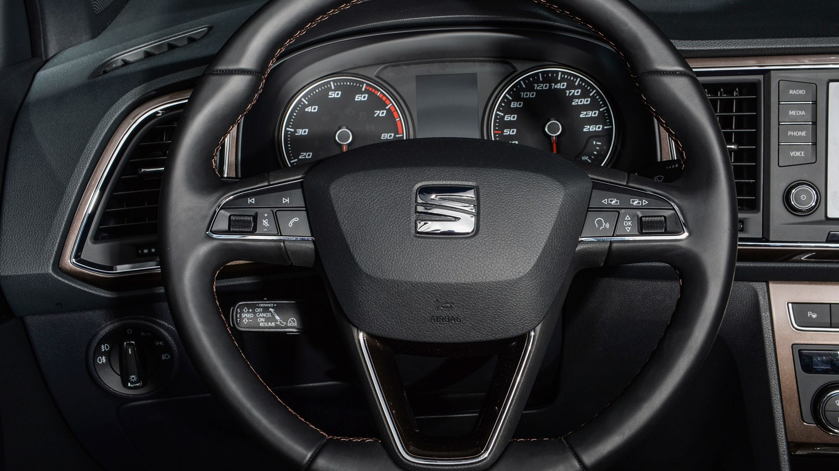 seat ateca 2 0 tdi 150 4drive 2016 review by car magazine. Black Bedroom Furniture Sets. Home Design Ideas