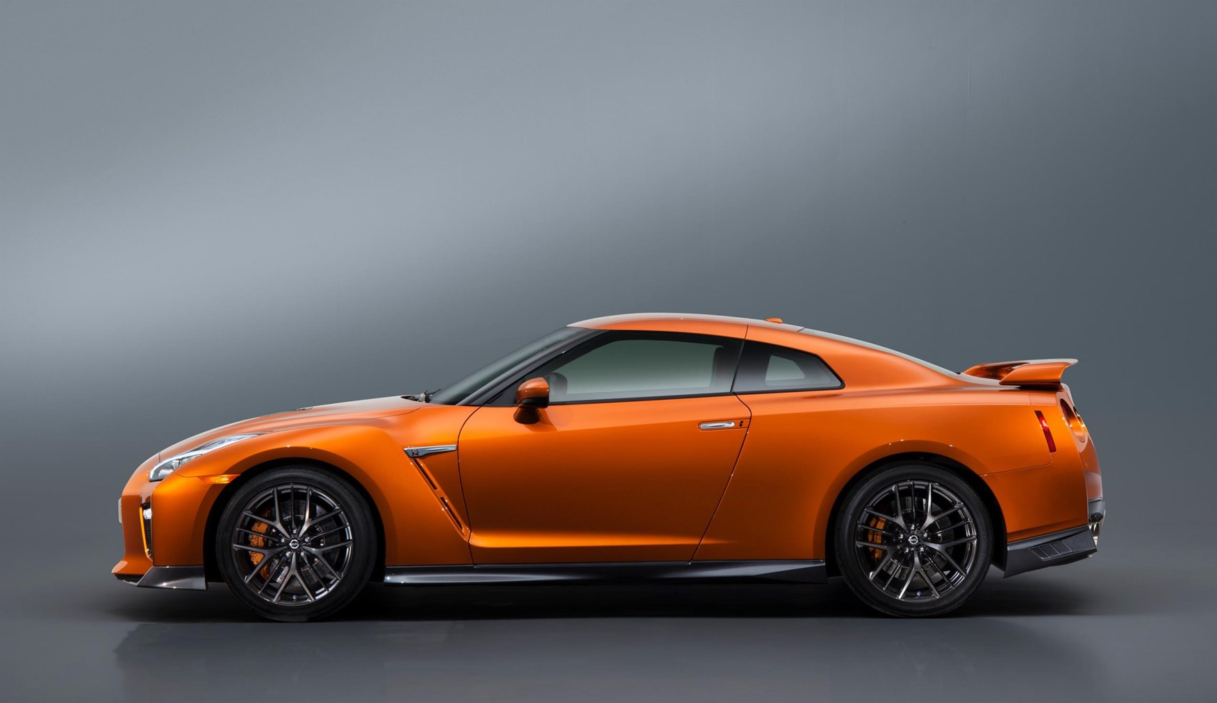 Wider Side Sills Mark Out 2017 Model Year Nissan Gt R New