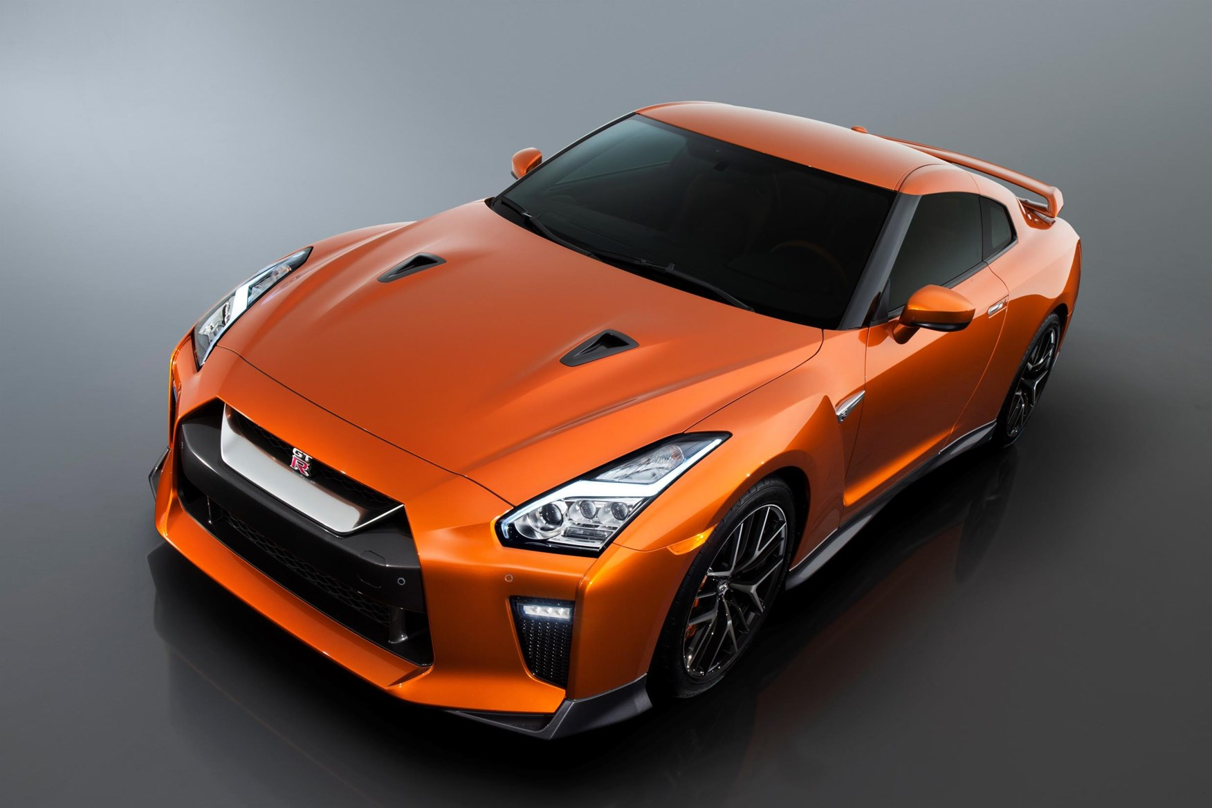 Euro-Spec Nissan GT-R Nismo to Debut in Geneva [49 New Photos]