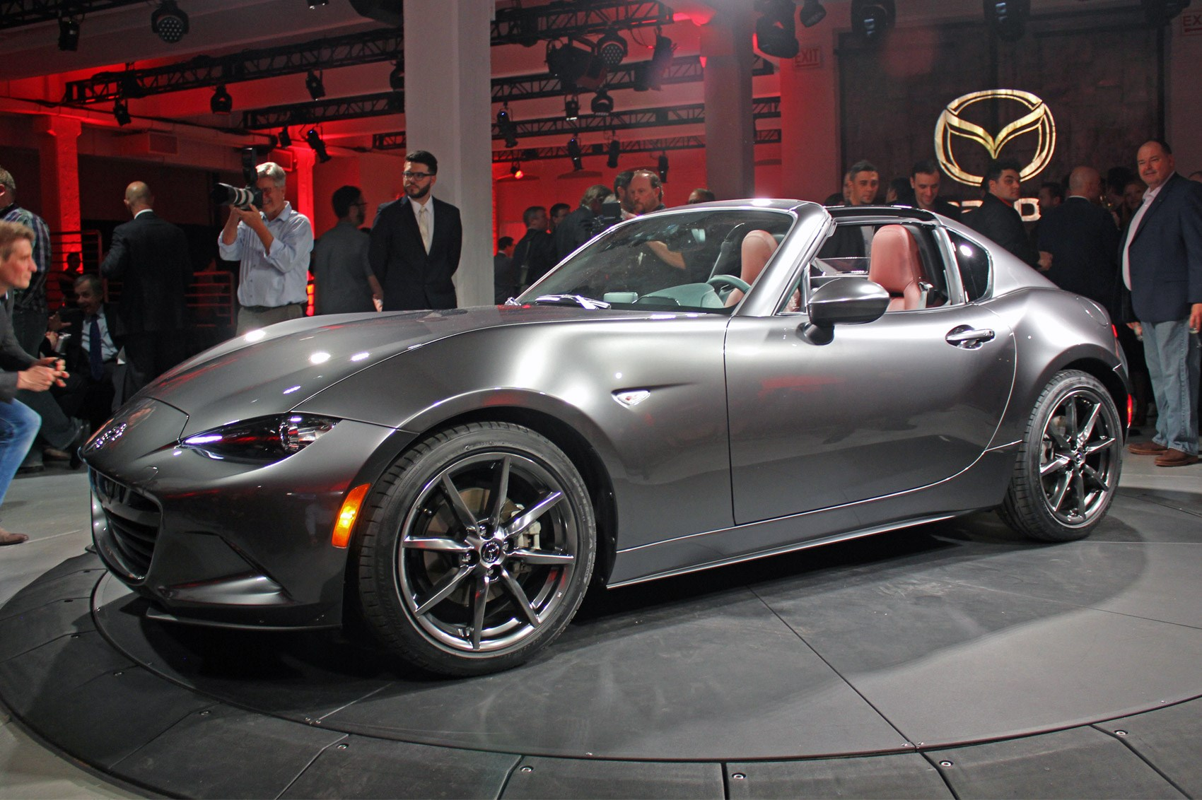 Mazda puts a lid on it: new Mazda MX-5 RF revealed at 2016 ...