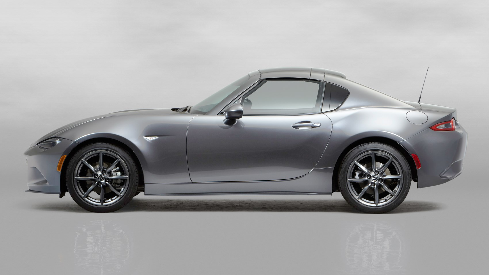 Mazda Puts A Lid On It New Mazda Mx 5 Rf Revealed At 2016