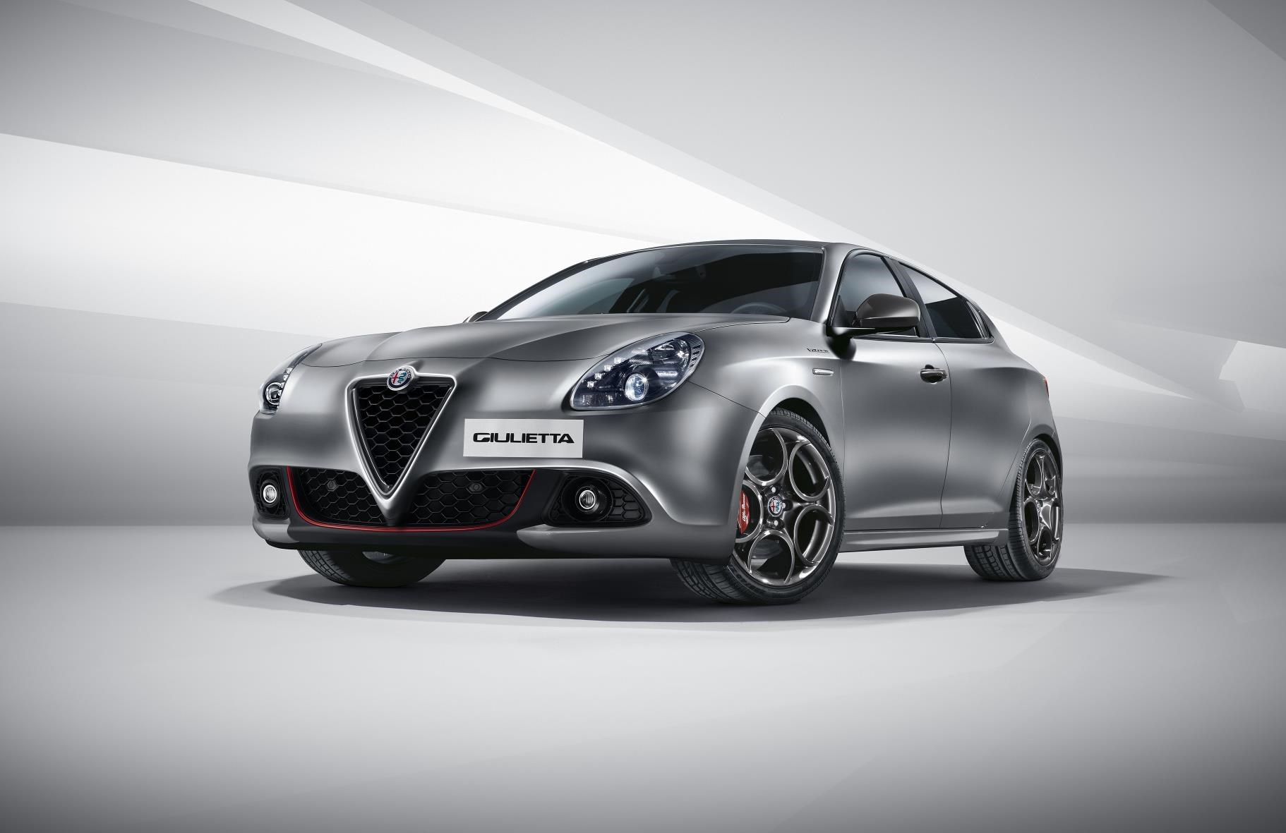 alfa romeo giulietta scrubs up for 2016 by car magazine. Black Bedroom Furniture Sets. Home Design Ideas