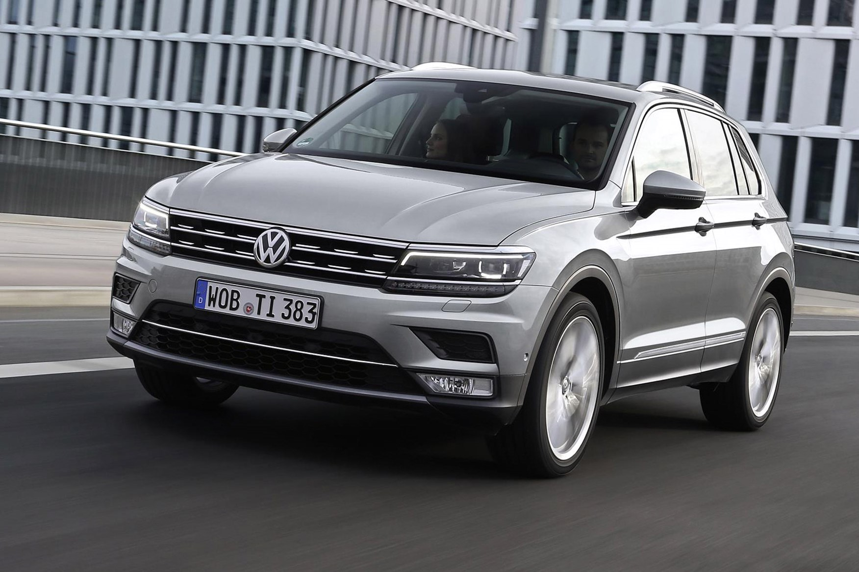tiguan-001 Interesting Info About 2018 Vw Tiguan R Line with Mesmerizing Pictures Cars Review