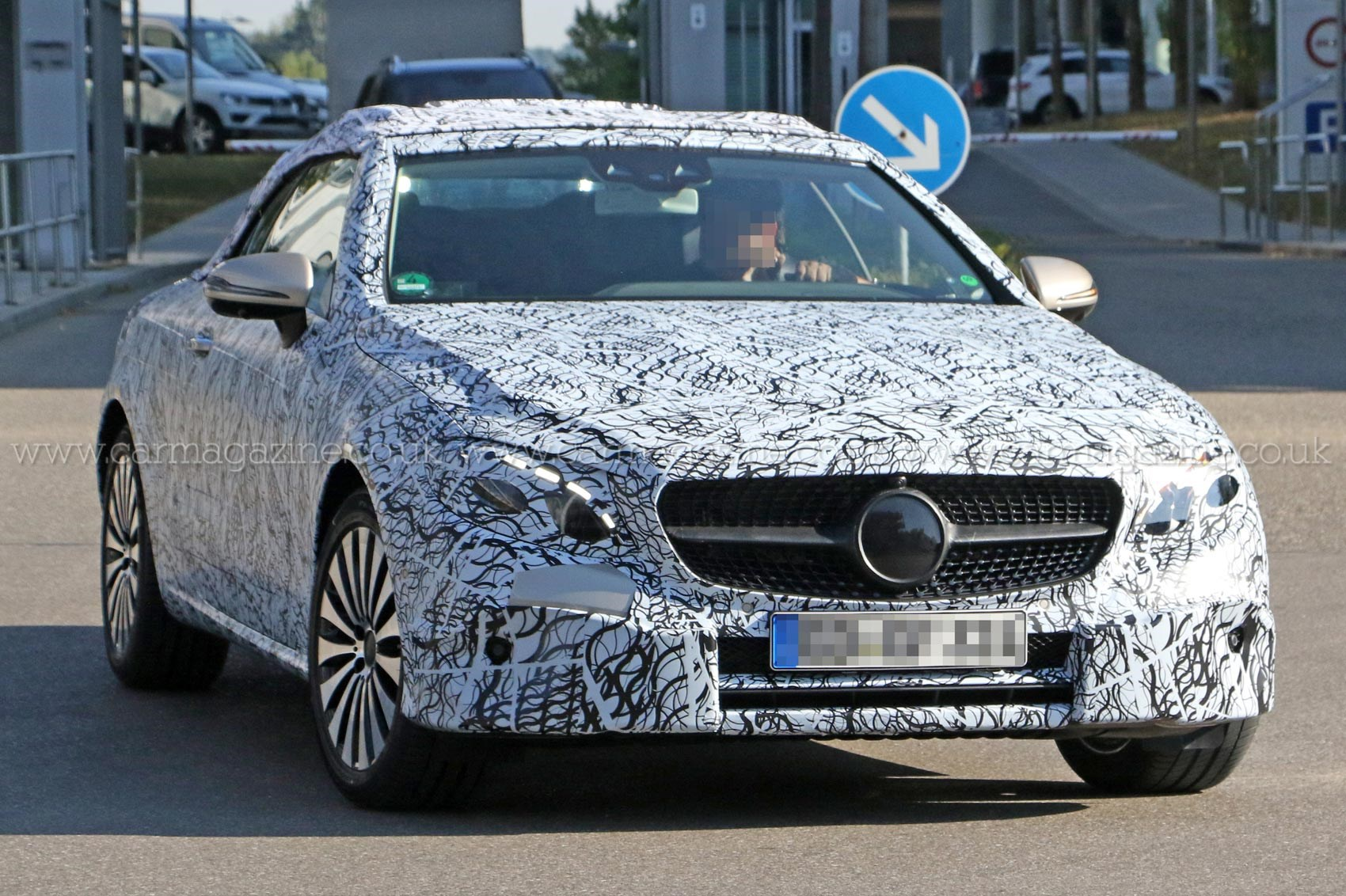 The Executive Drop Top Rolls Out New Mercedes Benz E Cl Cabriolet Spotted Car Magazine