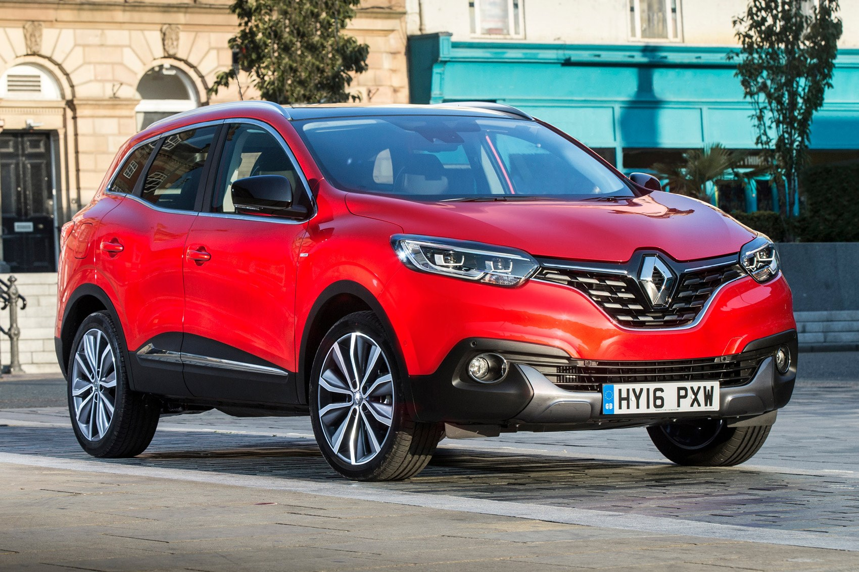 new range topping renault kadjar signature s nav introduced by car magazine. Black Bedroom Furniture Sets. Home Design Ideas