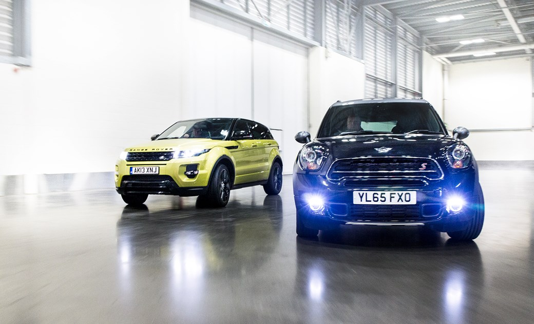 Icon Buyer New Mini Countryman Vs Used Range Rover Evoque Car