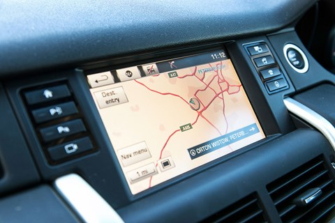 Land Rover Discovery Sport sat-nav