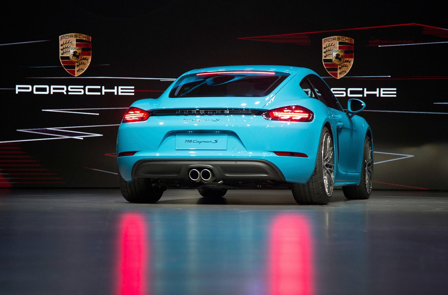 Porsche Boxster Fuse Box Panel Diagram Puts The Boost In New Cayman Revealed Car Magazine Carmagazine 1700x1120