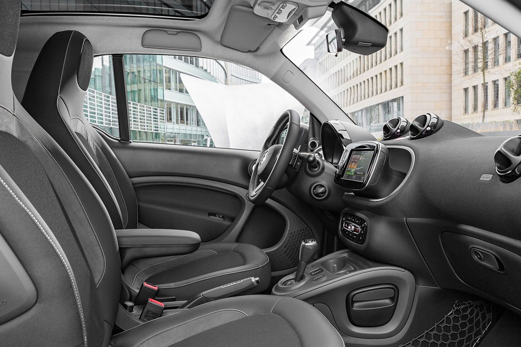 Inside The Smart Fortwo Brabus Cabin