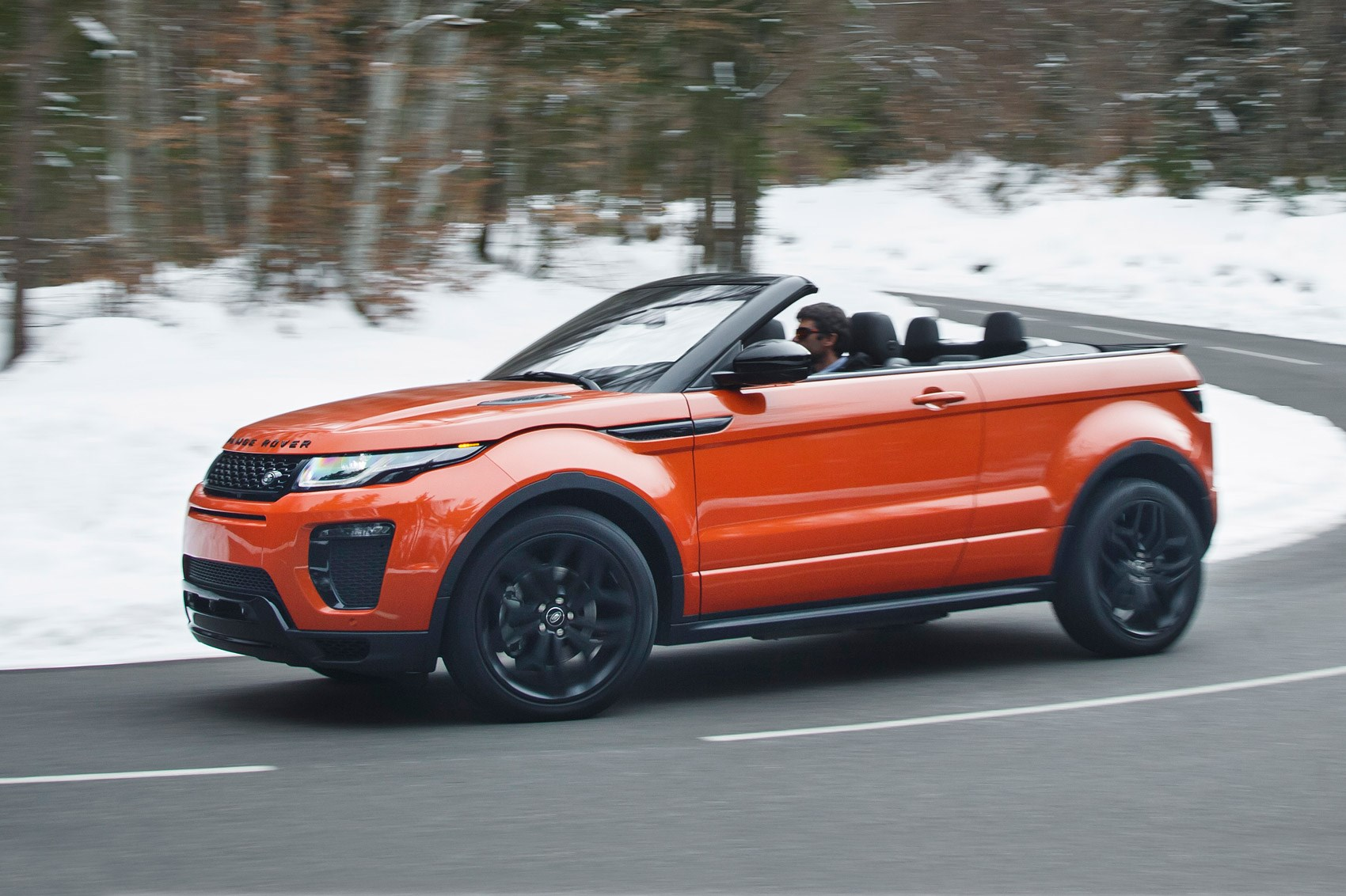 range rover evoque convertible 2 0d hse dynamic lux 2016 review car magazine. Black Bedroom Furniture Sets. Home Design Ideas