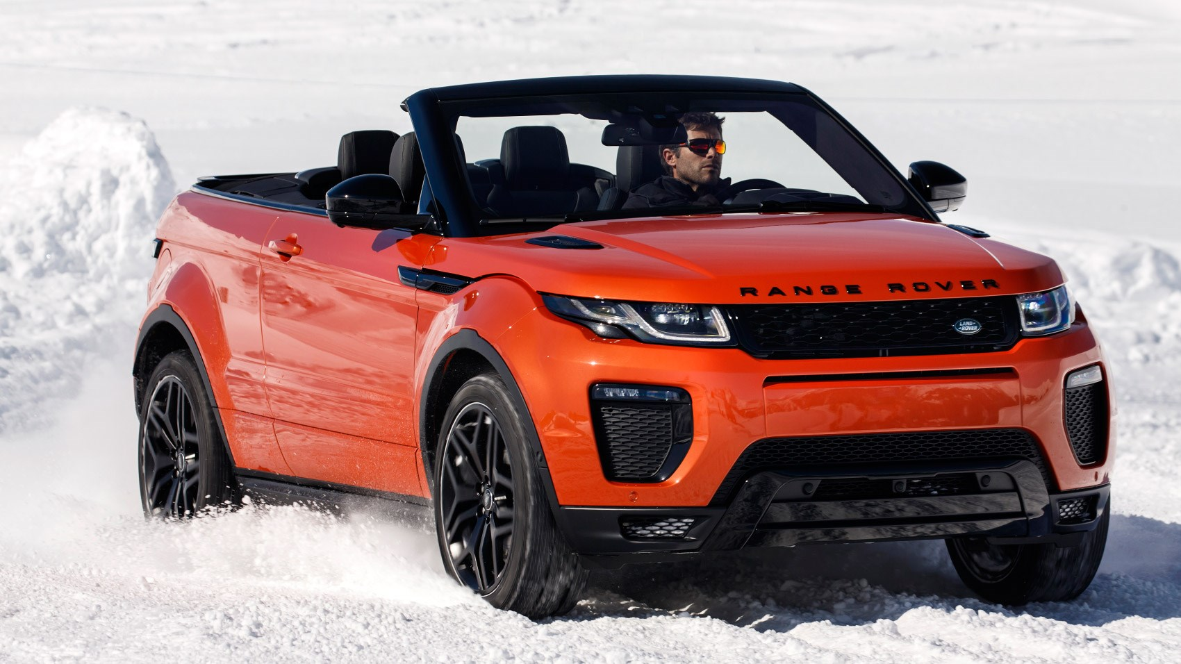 range rover evoque convertible 2 0d hse dynamic lux 2016. Black Bedroom Furniture Sets. Home Design Ideas