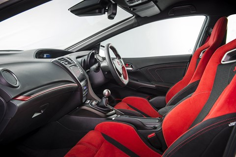 Inside the Civic Type R cabin