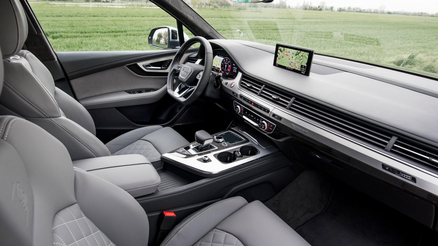 Audi SQ7 TDI (2016) review by CAR Magazine