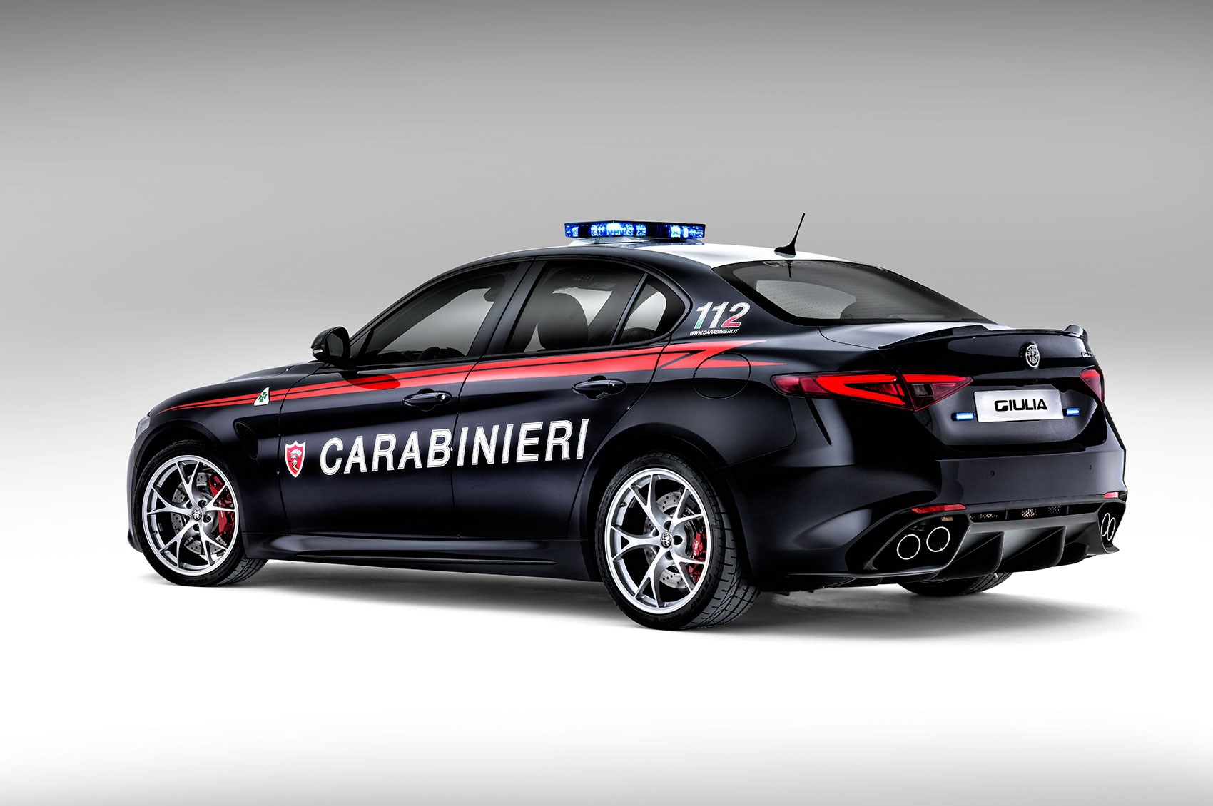 rozzers in romeos italian police take on new alfa giulia quadrifoglio by car magazine. Black Bedroom Furniture Sets. Home Design Ideas