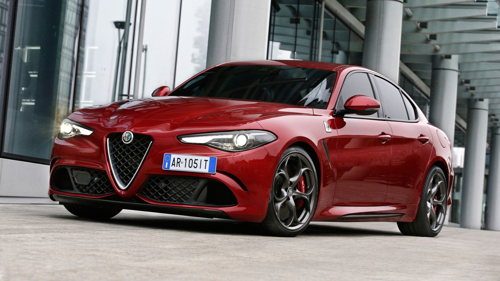 Alfa Romeo Giulia Quadrifoglio Review CAR Magazine - Lease alfa romeo