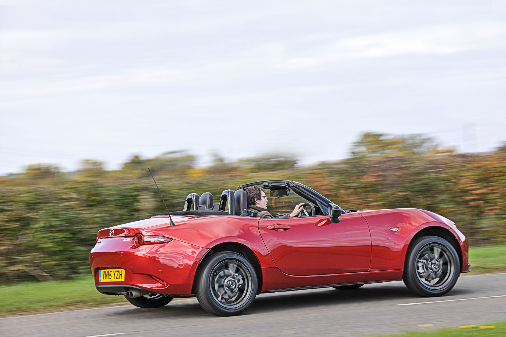 please squeeze me oh yeah our cars mazda mx 5 car june 2016 by car magazine. Black Bedroom Furniture Sets. Home Design Ideas