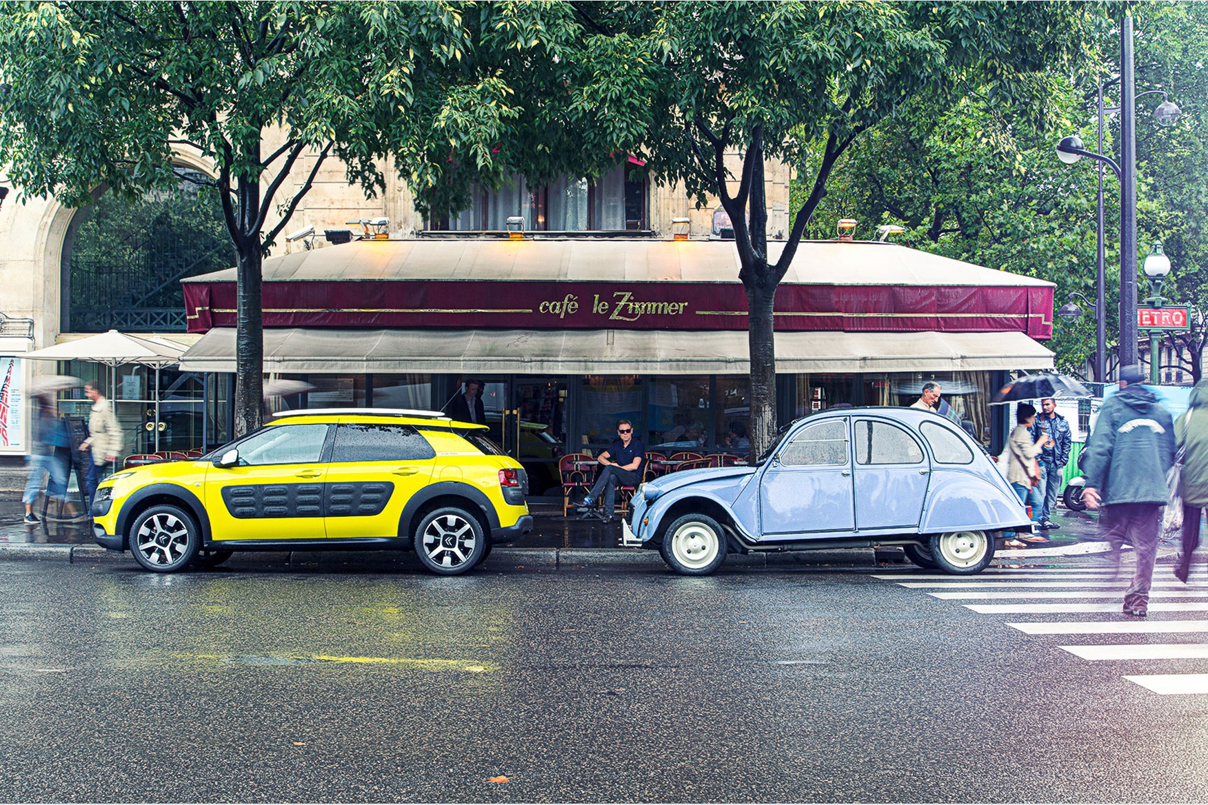 citroen c4 cactus meets its 2cv ancestor in paris by car magazine