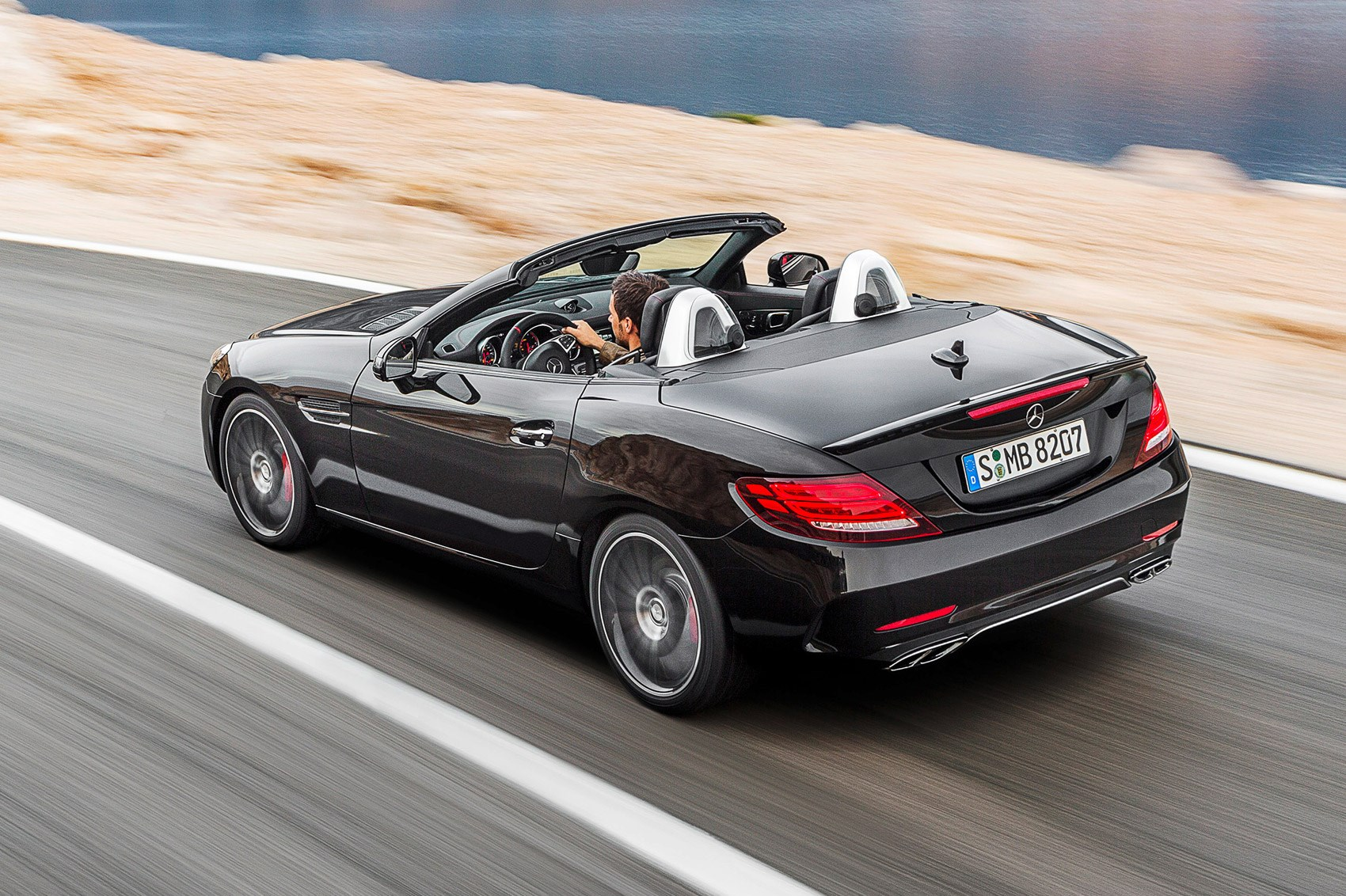 thinking outside the boxster mercedes amg slc 43 review 2016 car magazine. Black Bedroom Furniture Sets. Home Design Ideas