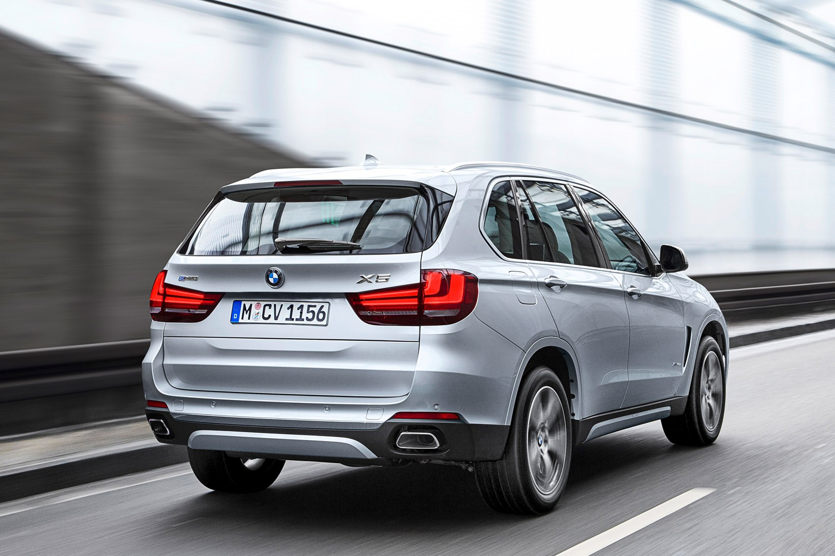 What Is Bmw Xdrive Bmw X5 Xdrive 40e First Drive Car June 2016 By Car Magazine