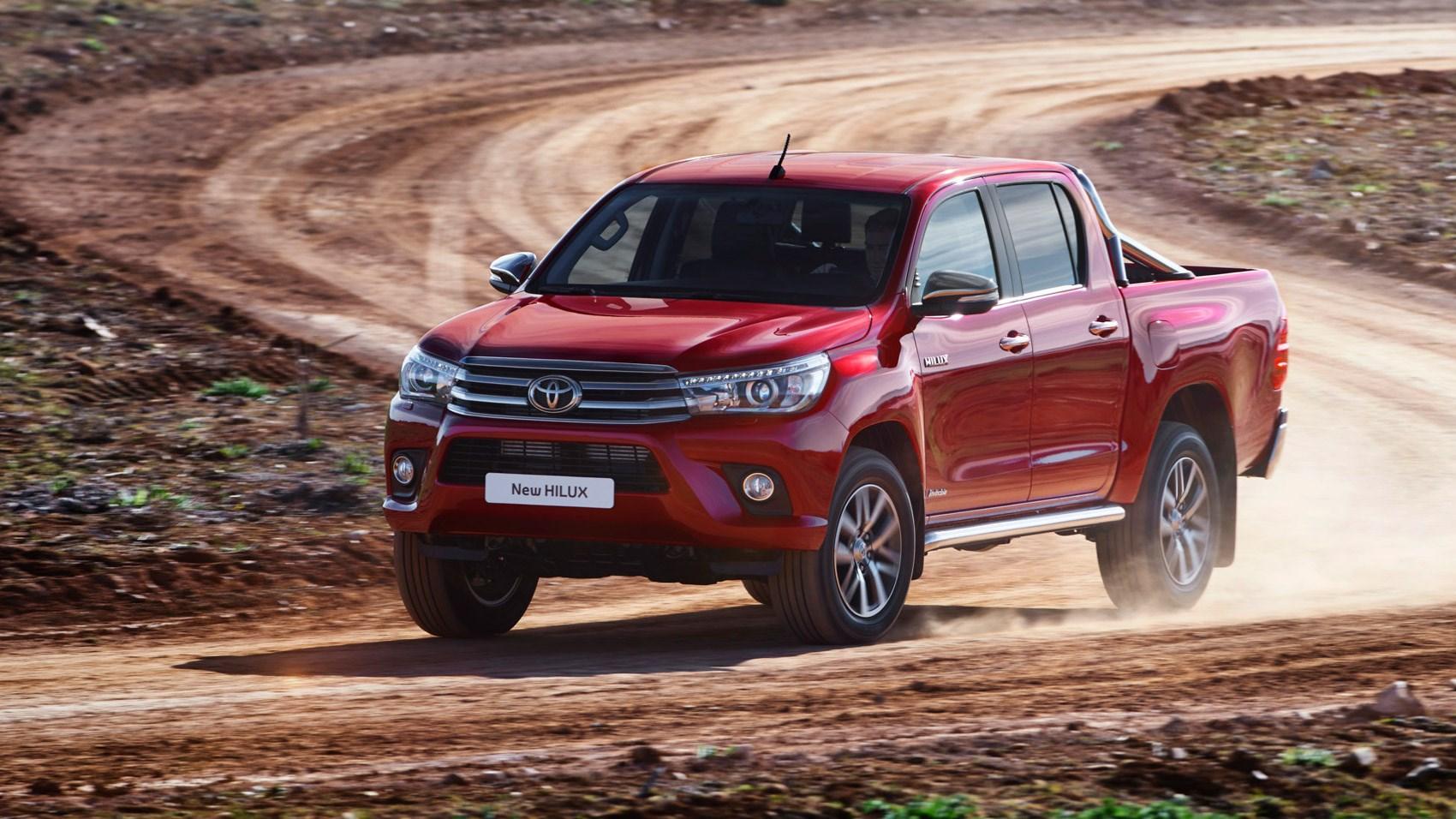 Toyota Hilux Invincible (2016) review | CAR Magazine
