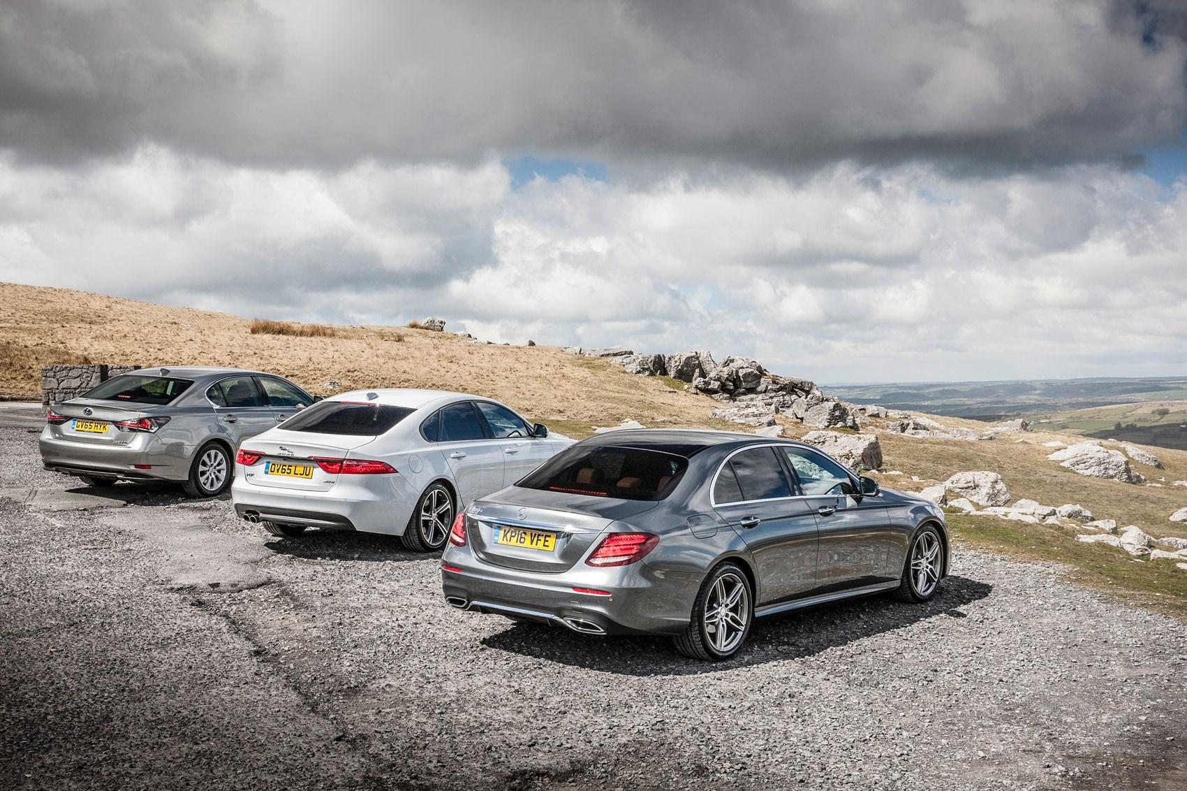 Giant test mercedes benz e class vs jaguar xf vs lexus gs for Mercedes benz gs