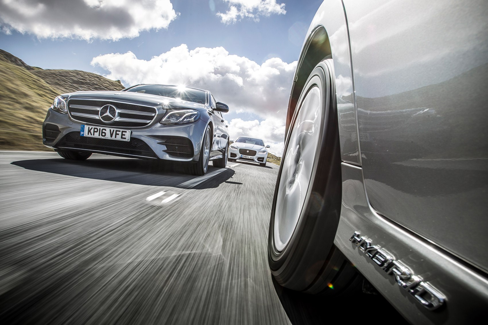 Giant Test: Mercedes Benz E Class Vs Jaguar XF Vs Lexus GS Review
